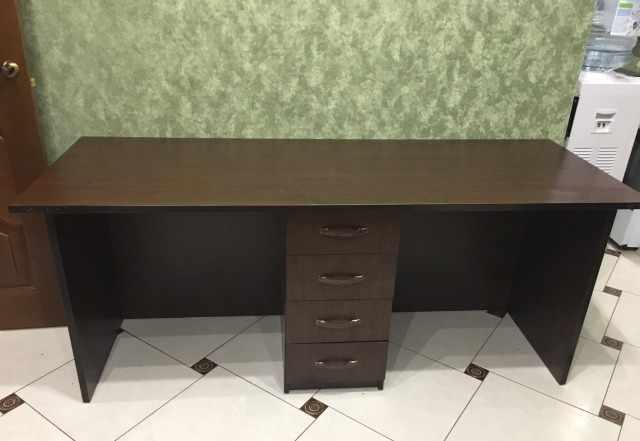 Офисный стол б/у в отличном состоянии