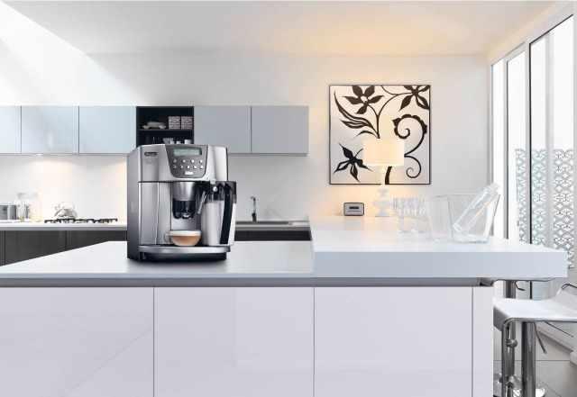 новую кофемашину delonghi esam 4500