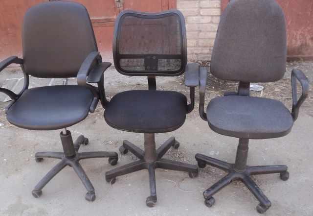 Кресла для персонала б. у