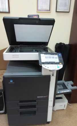 Принтер цв. лазер. konica minolta bizhub c220