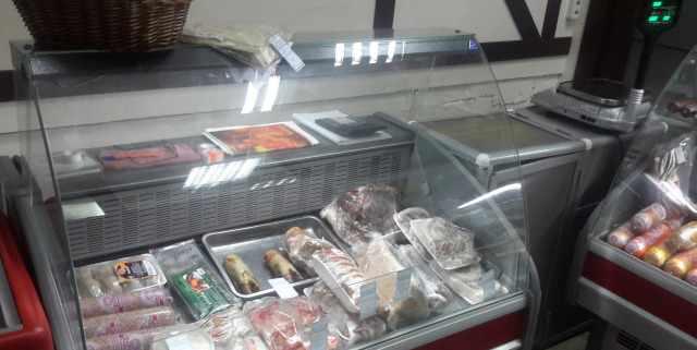 витрины холодильные почти новые