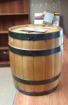 Бочки деревянные муляжи декоративные