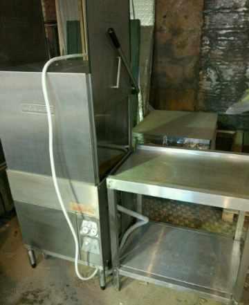 Купольная посудомоечная машина Hobart со столом бу