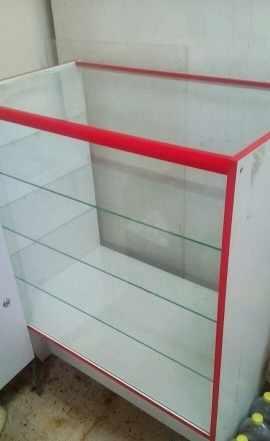 Шкаф стеклянный витринный