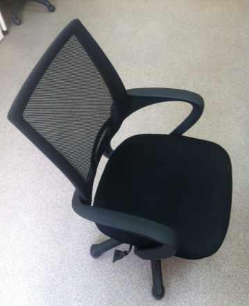Кресло (стул офисный), Дэфо Сприн