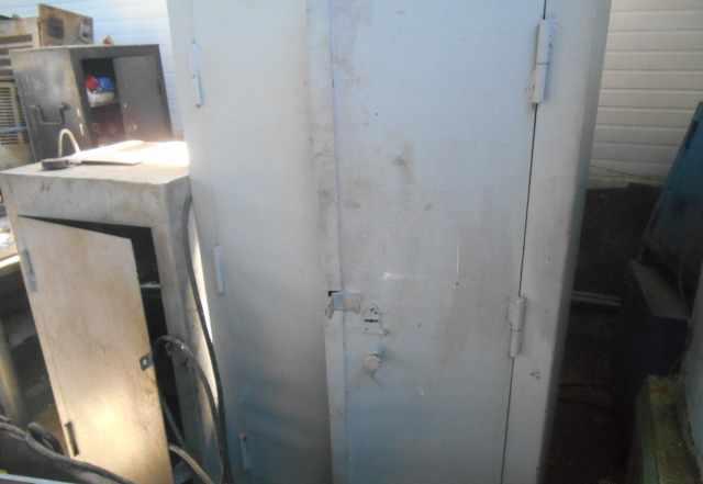 шкафы металлические, сейфы