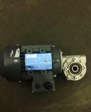 Мотор редуктор 0.18 Kw