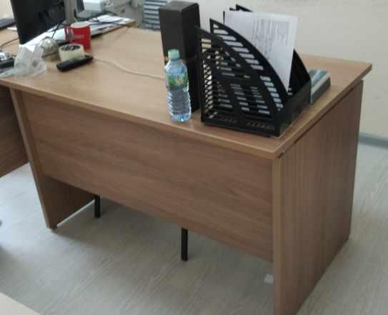 Офисные столы в 120x70 в хорошем состоянии