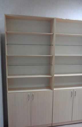 Набор мебели для магазина, аптеки, офиса