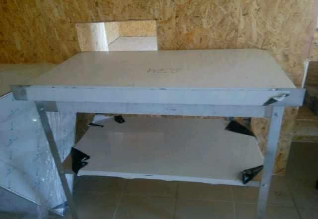 Стол нейтральный 1м на 60 см