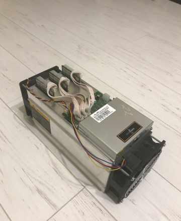 Майнер bitcoint Antminer S9 13 Th/s
