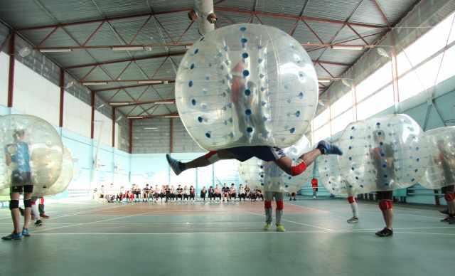 "шары для ""Бампербола"" футбол в шарах"