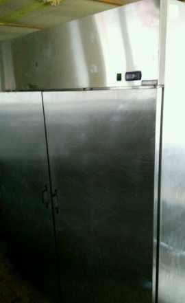 Шкаф холодильный Igloo