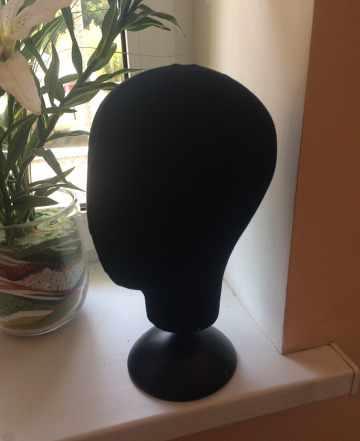 Голова для головных уборов