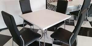 столы белые для кафе