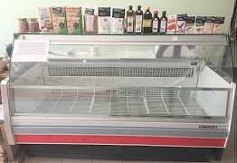 морозильную витрину и холодильный шкаф