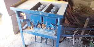 Производство шлакоблоков. Вибропресс сгс-2