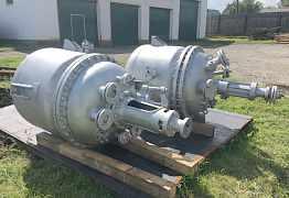 Реактор 250л из нержавейки с рубашкой и мешалкой