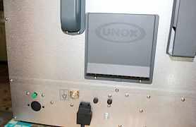 Печь конвекционная unox XFT 135,почти новая