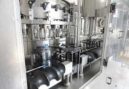 Линия Выдува и розлива воды 3000 бутылок/час новое