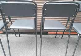 Кожанные стулья в кол-ве 20 штук