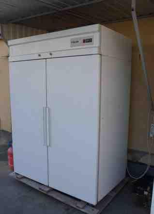 Холодильный шкаф на 1400 литров для продуктов