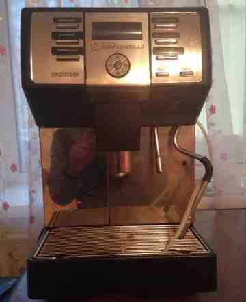 Кофе машина Nuova Simonelli Prontobar