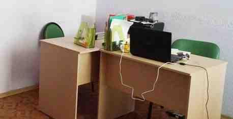 Офисные столы на 90 и 140 см