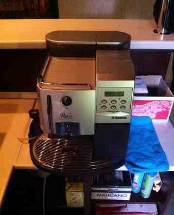 Кофе машина Саеко