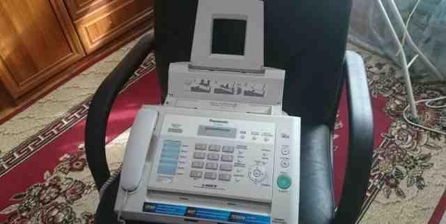 Факсимильный аппарат Panasonic KX-FL423