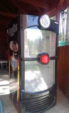 Холодильник б/у для магазина, кафе