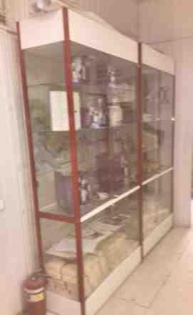 Витрина металлический профиль и стекло