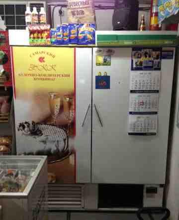 2-х дверный холодильный шкаф