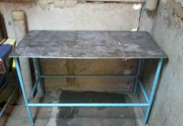 Стол металлический, разделочный