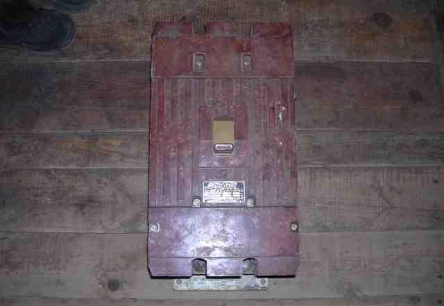 Выключатель-автомат-500А-новый. 2.5 т. р