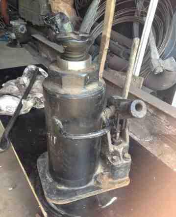 Домкрат гидравлический 25 тонн