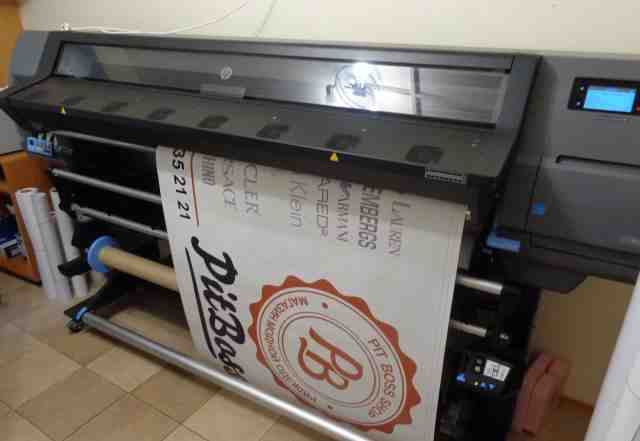 Широкоформатный интерьерный плоттер HP Latex 330