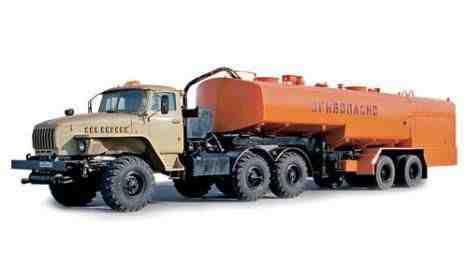 Услуги бензовоза - наливника 17куб полноприводный