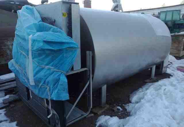 Танк охладитель молока 4.5 куб. м. и 2.5 куб. м