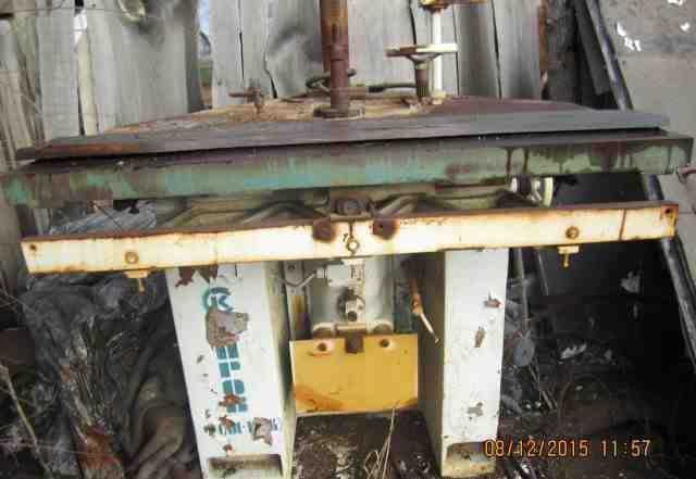 Фрезерный деревообрабатывающий станок фсш-1А (К)