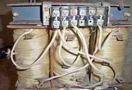 Понижающий трансформатор 380(220) /36 в