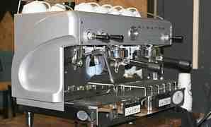 Профессиональная кофемашина Elektra Modern Maxi (Э