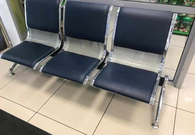 Многоместные секции стульев