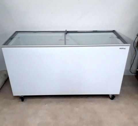 Морозильный ларь (прямое стекло) UDD 600 SC