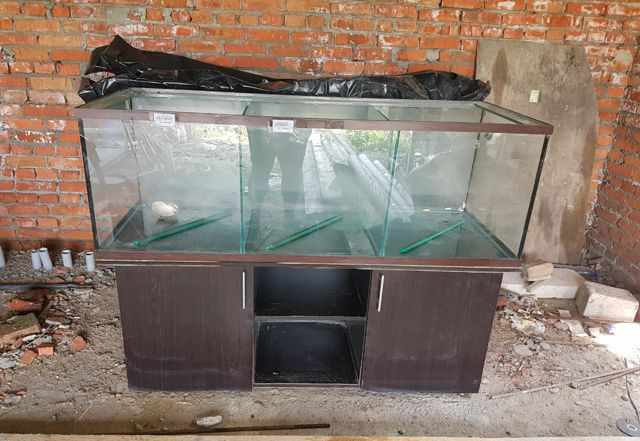 Продаю аквариум для раков
