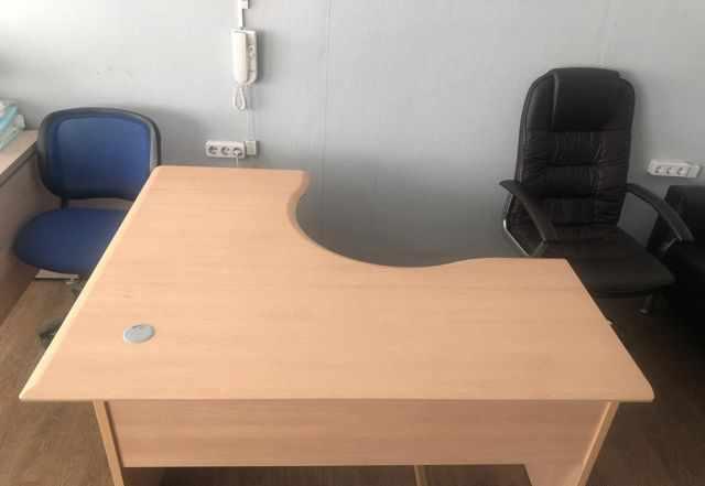 Продам выставочные образцы и новую офисную мебель