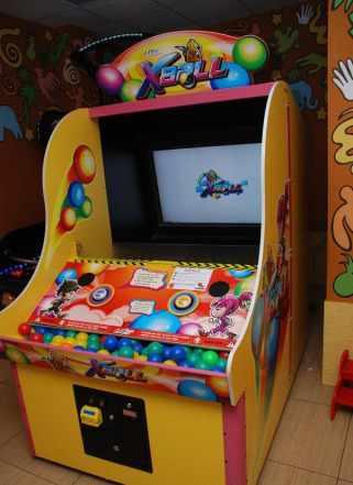 Игровые развлекательные аппараты: Х-ball. alliens