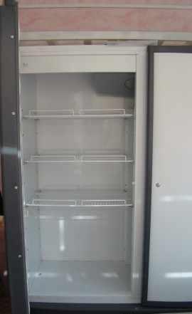 Холодильный шкаф Ариада R1400V