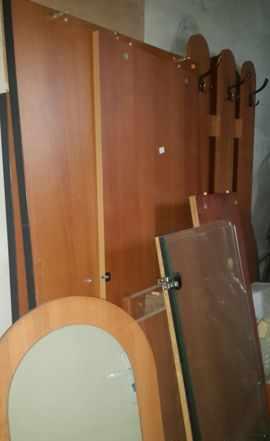 Мебель офисная комплект продаю