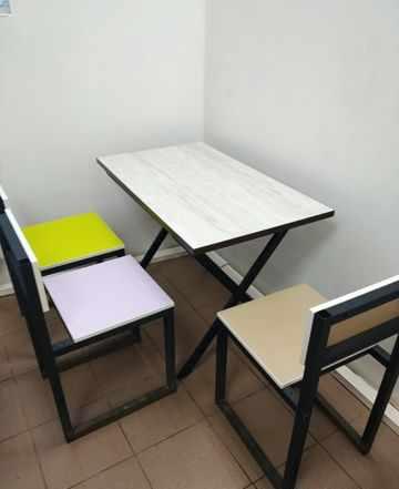Столы, стулья отличное состояние